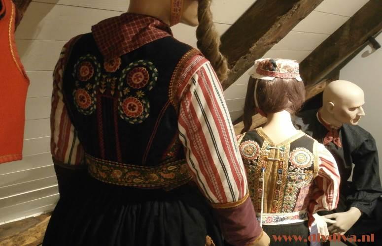 museum Hellendoorn klederdracht