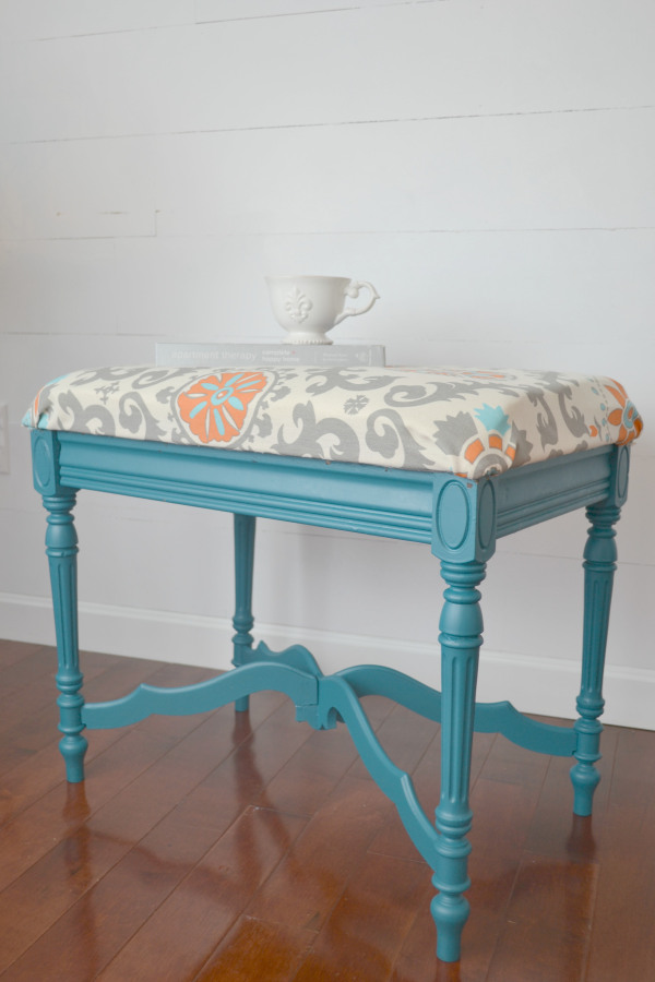Repurposed Table into DIY Ottoman - by I Am a Homemaker