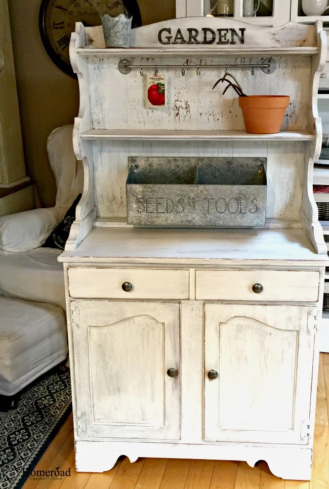 Old hutch to DIY potting bench - by Homeroad