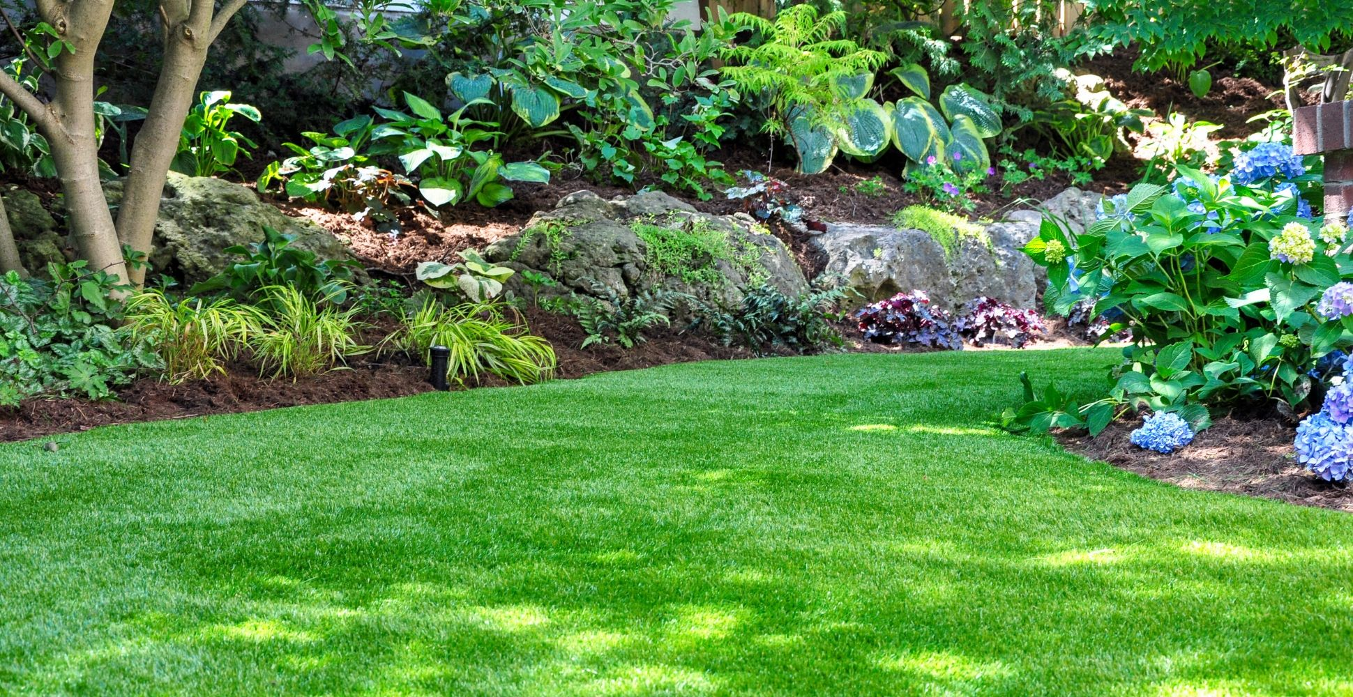 What Is The Best Brush For Artificial Grass & Astro Turf?