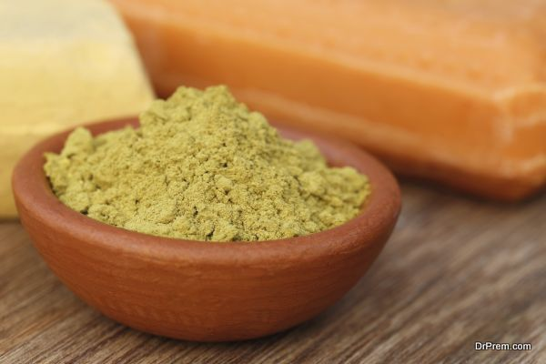 Henna powder with other beautification product