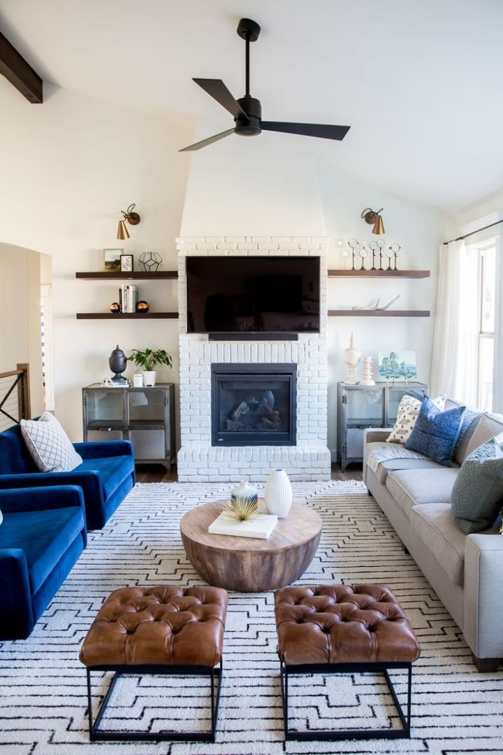 Creating Focal Point with Living Room Fireplace Décor ...