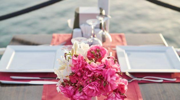 backyard wedding flowers on table