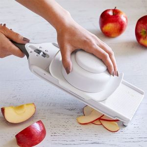 PamperedChef Simple Slicer