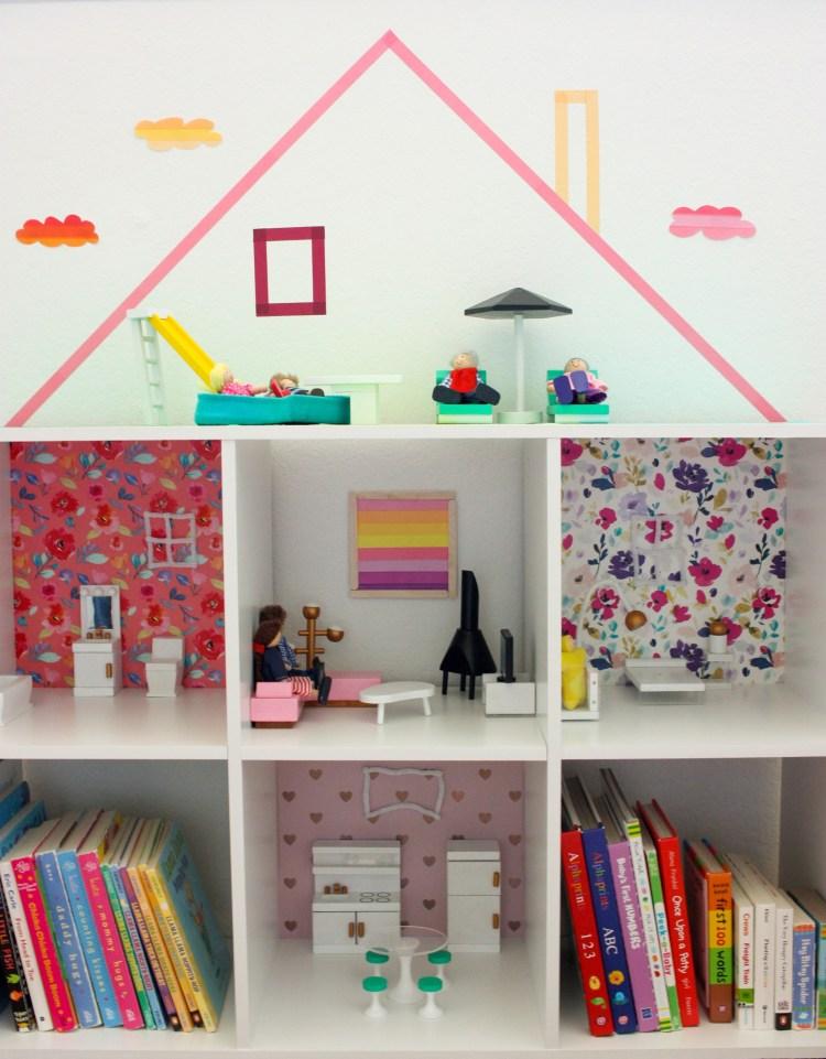 DIY Bookshelf Dollhouse