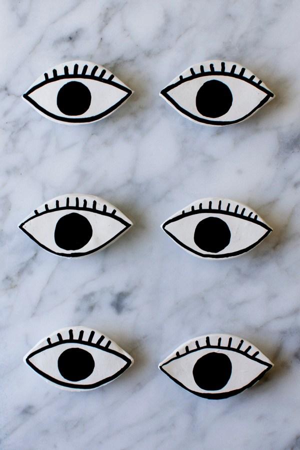 DIY Eye Magnets
