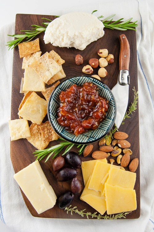 Learn how to make your own DIY wood serving board/cheeseboard. It's easier than you think, and it would make an amazing holiday gift!