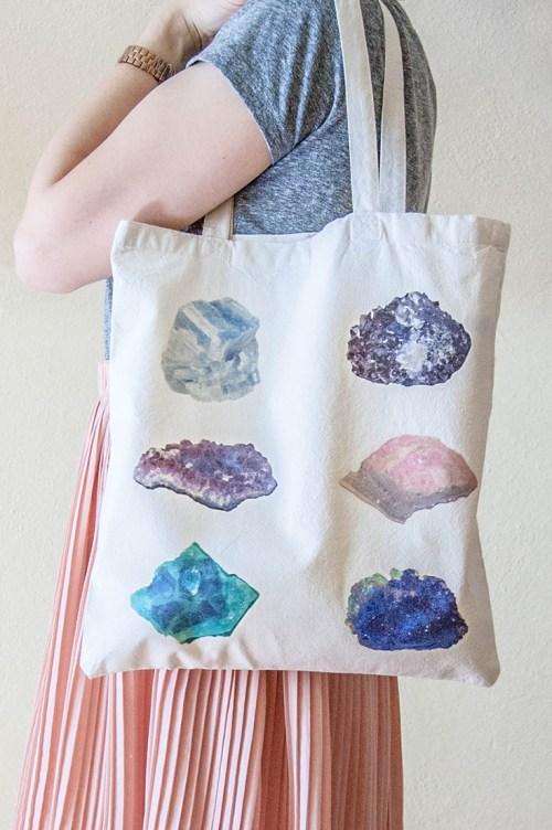 DIY Gemstones & Minerals Tote Bag with Free Printables