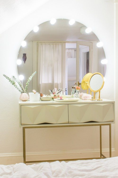 Learn How To Turn A Desk Into A Makeup Table With Light Up