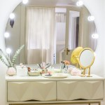 Learn how easy it is to turn a desk into a makeup table with vanity mirror #DIY #homedecor #furniture #makeup