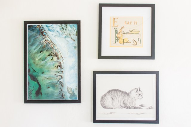 Breakfast nook gallery wall #decor #homedecor #art