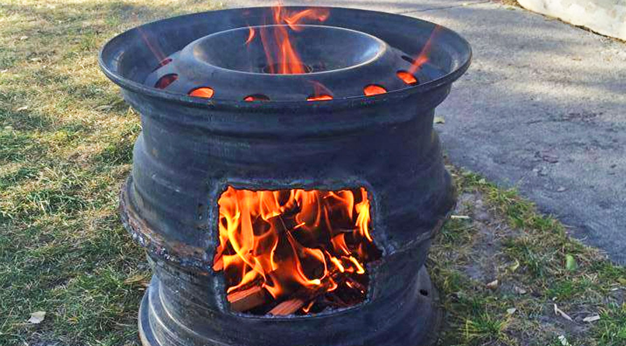 Old Tire Rims Make For The Best DIY Fire Pits