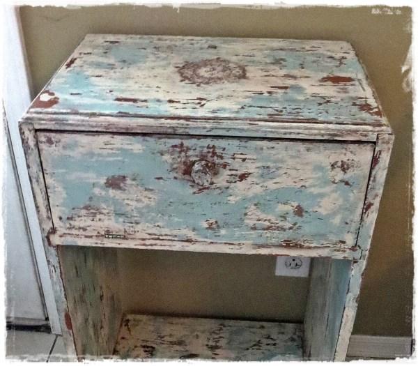 DIY Distressed Painted Furniture Technique