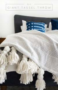 35 Creative DIY Throws and Blankets