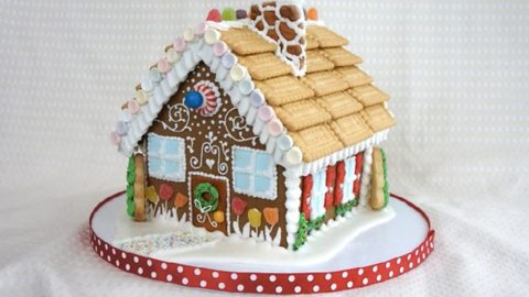 She Shows Us How To Make The Most Awesome Gingerbread House Watch