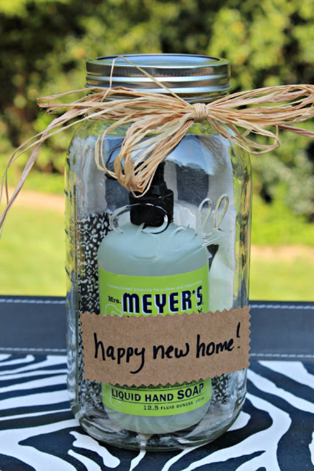 Cheap Housewarming Gift Ideas 33 Best Diy Housewarming Gifts