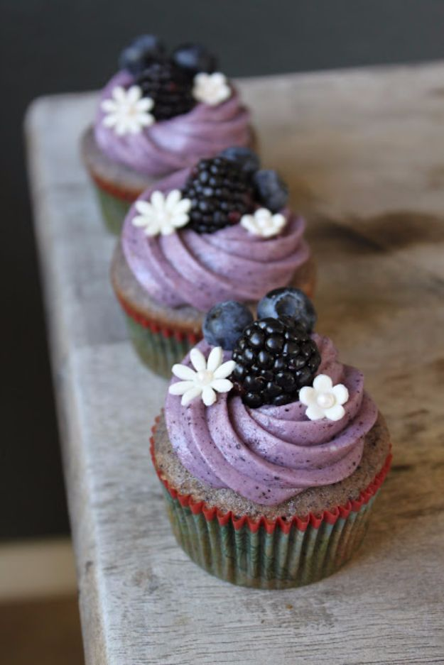 40 Cool Cupcake Decorating Ideas