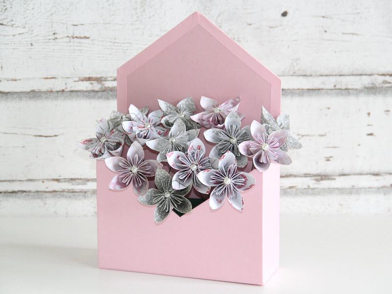 Ako vyrobiť origami kvetinu