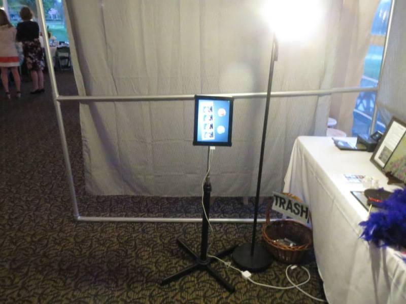 Diy photo booth wedding printer poemsrom photobooth3 wedding photobooth do it yourself solutioingenieria Images