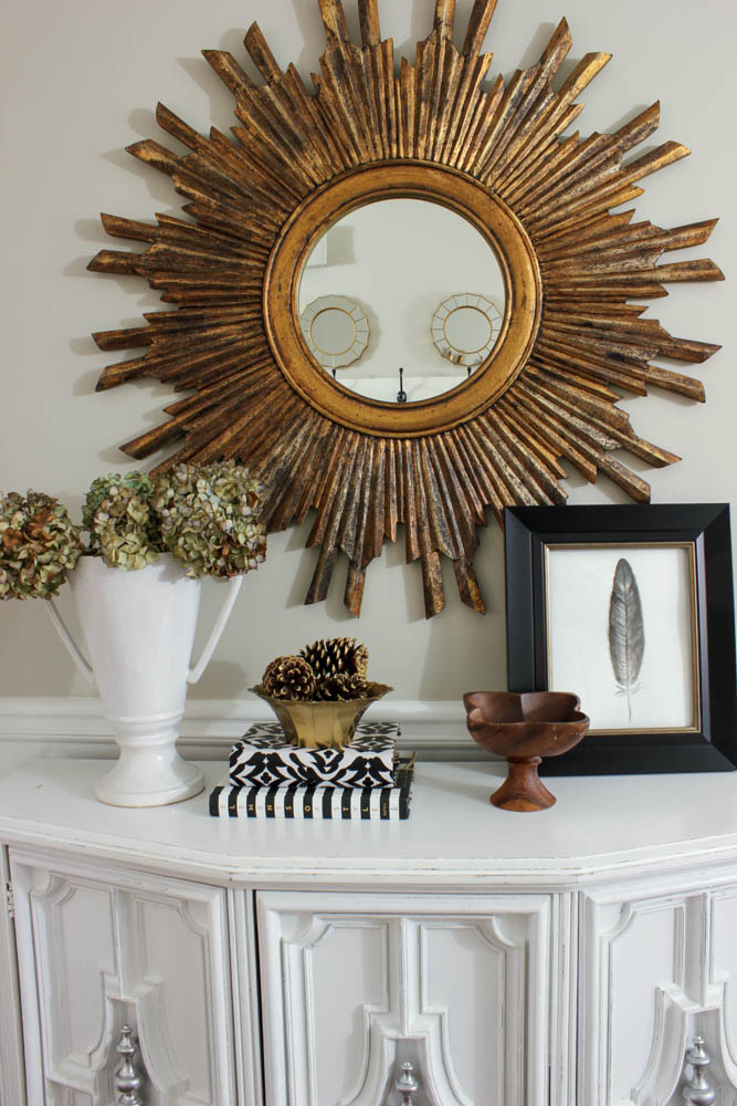 Black White Amp Gold Entryway Vignette Diy On The Cheap