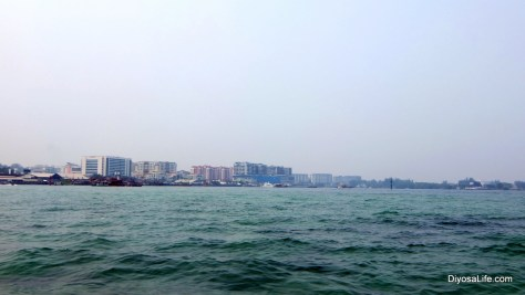 A view of Kota Kinabalu while Island Hopping