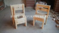 Child chairs with pallets 2DIY Pallet Furniture | DIY ...