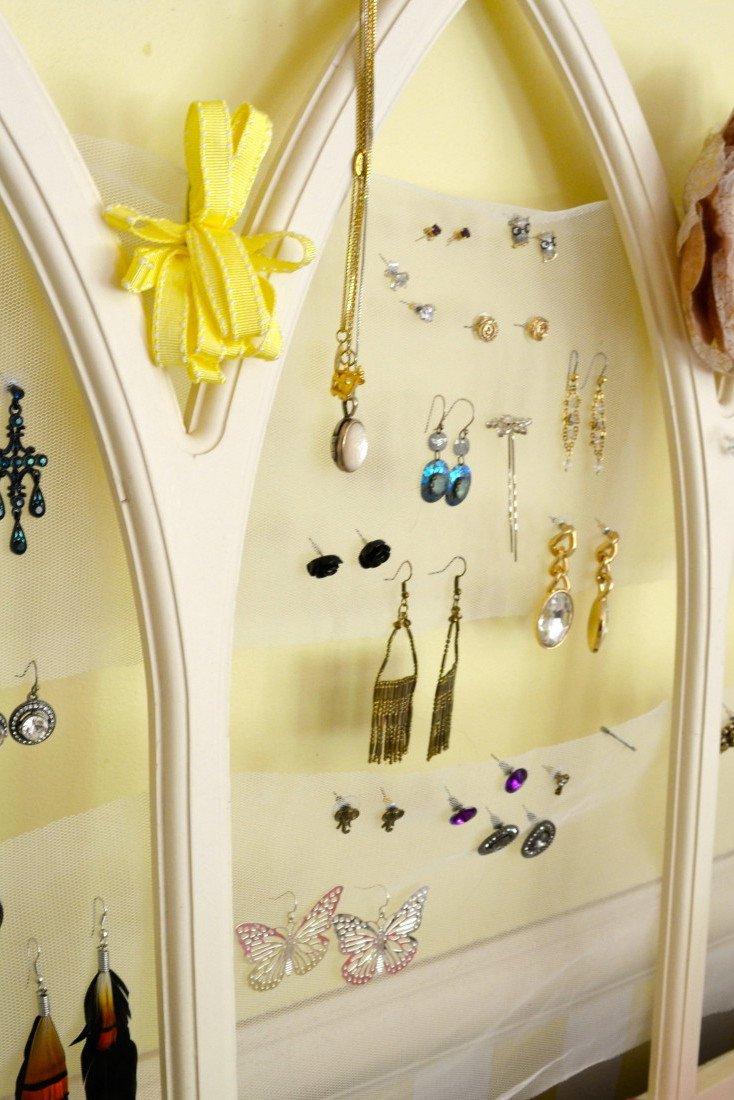 DIY Tulle Frame Jewelry Holder DIY Projects Craft Ideas  How Tos for Home Decor with Videos