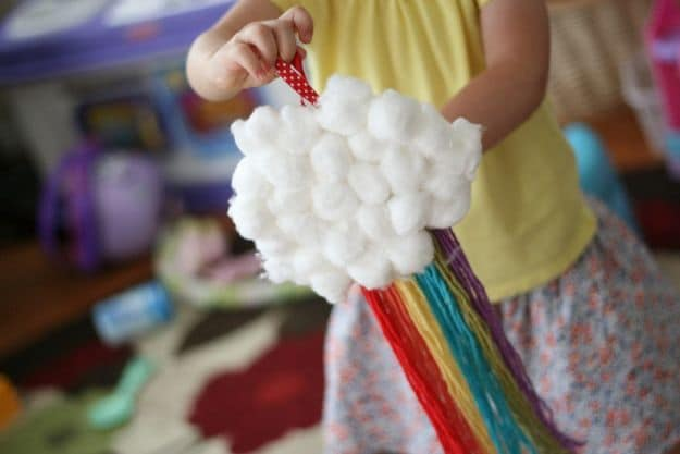 Cotton Ball And Yarn Cloud Rainbow | Simple DIY Crafts For Kids