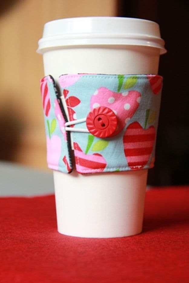 Reversible Coffee Cup Sleeves | Easy Crafts To Make And Sell