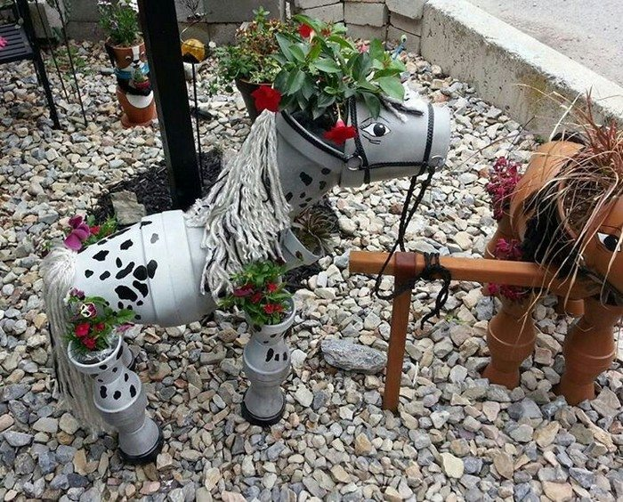 S Decorate Your Garden By Making This Clay Flower Pot Horse