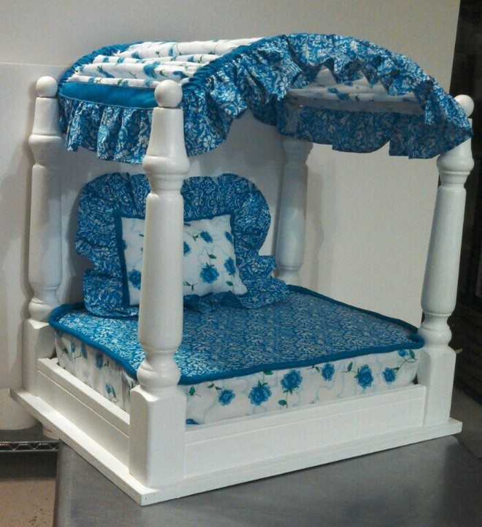 Upcycled Pet Bed