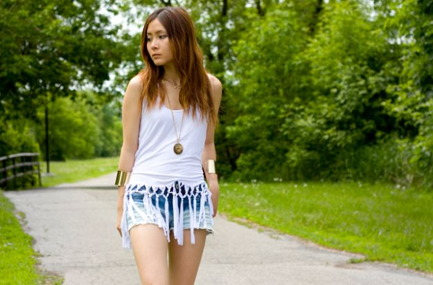 Cool Summer Fashions for Teens - DIY Fringe Net Tank - Easy Sewing Projects and No Sew Crafts for Fun Fashion for Teenagers - DIY Clothes, Shoes and Accessories for Summertime Looks - Cheap and Creative Ways to Dress on A Budget http://diyprojectsforteens.com/diy-summer-fashion-teens
