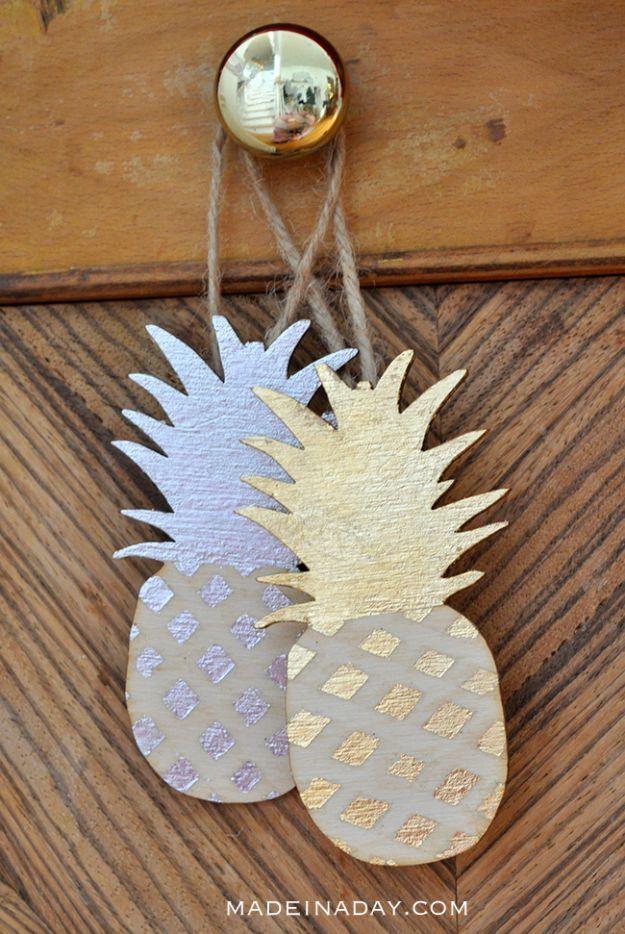 Ananasambachten - Vergulde ananasornamenten - Leuke ambachtelijke projecten die coole doe-het-zelf geschenken maken - wanddecor, slaapkamerkunst, sieradenidee