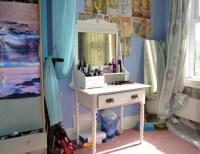 10 Gorgeous DIY Dressing Table Ideas