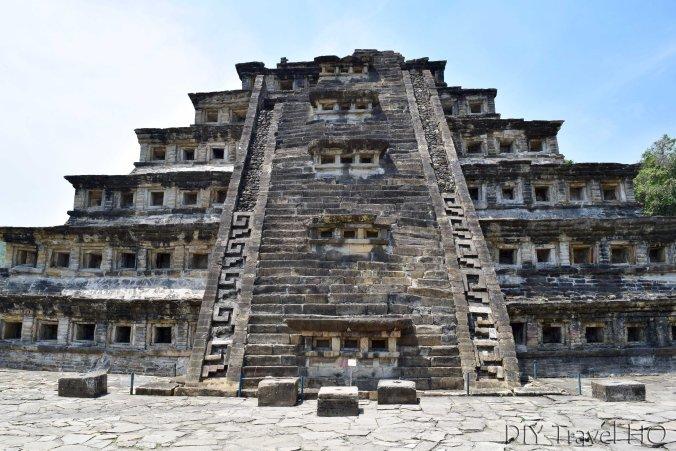 El Tajin Piramide de los Nichos Staircase