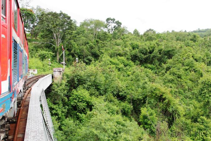 Hsipaw train crossing Goktein Viaduct
