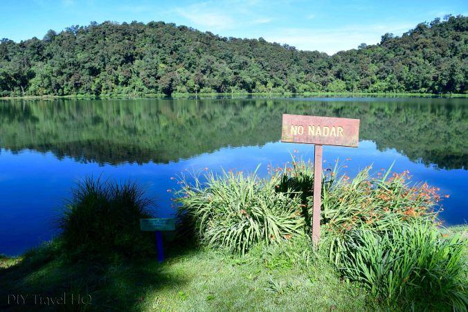 Laguna Chicabal No Swimming Sign