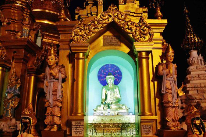 Bright temple shrines Shwedagon