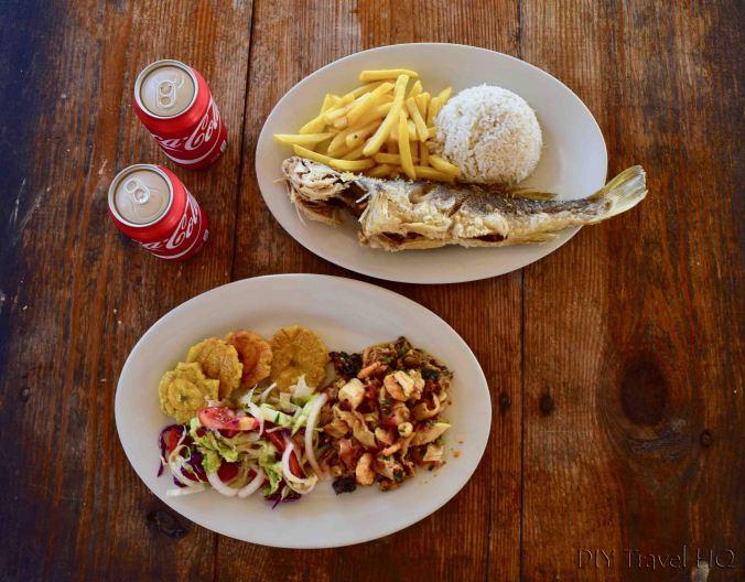 Lunch on Icodub Island in San Blas