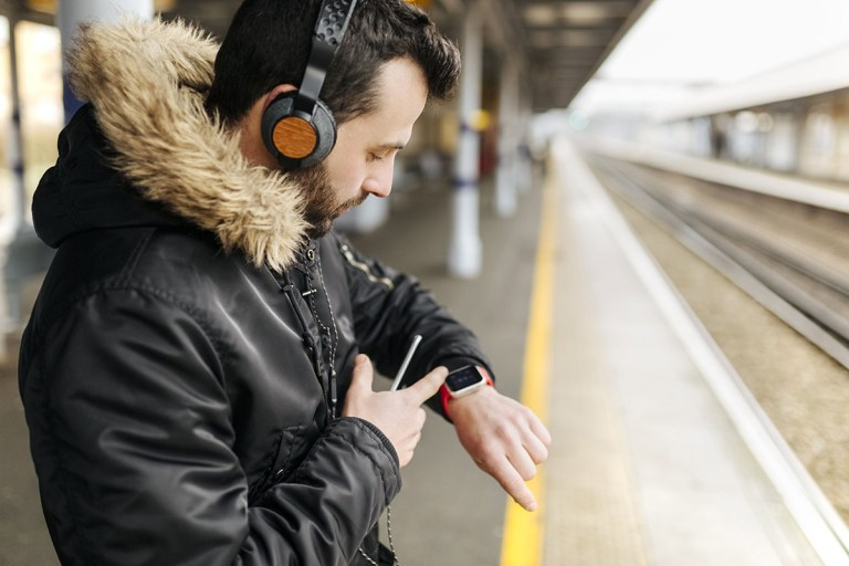 Smartwatches know you're getting a cold days before you feel ill
