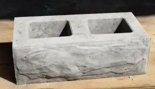 Maxi Brick Mould