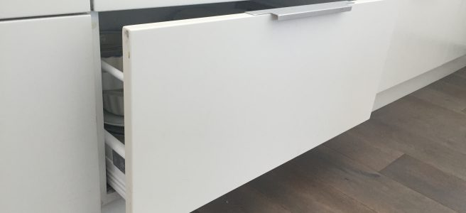 open drawer, kitchen, white, melamine | See more at www.diywoman.net