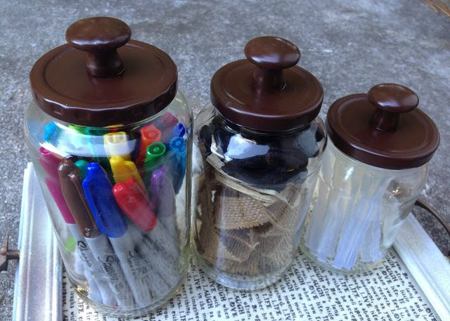 DIY Glass Jars With Knobs