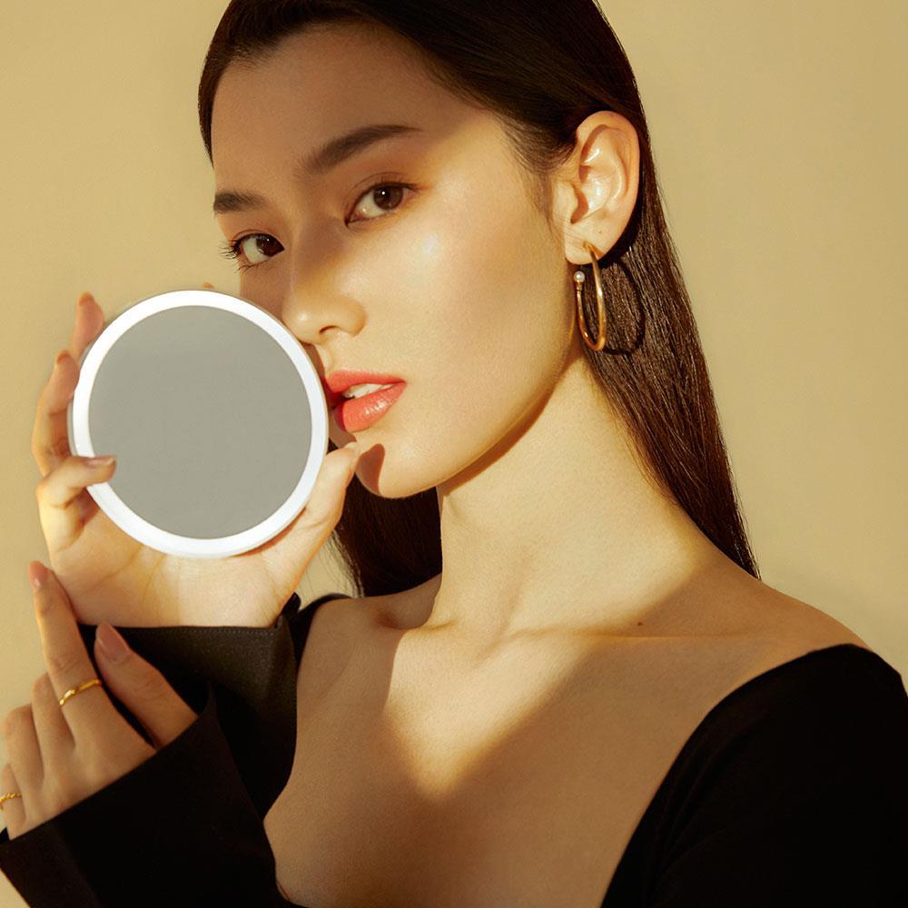 化妝燈光該用哪種?化妝就靠「它」,讓你在任何時候維持完美妝容! - BEARBOSS熊老闆精選店