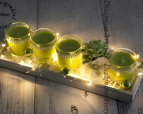 Moderný dizajn svietnika s LED osvietlenim.