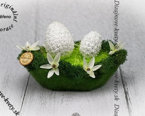 Krásna zelená jarná dekorácia.