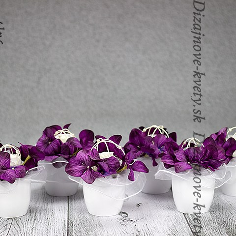 Luxusné dekorácie na stoly svadobčanov, reštaurácií a hotelov.