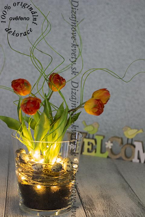Dizajnová jarné dekorácie s LED osvetlením.