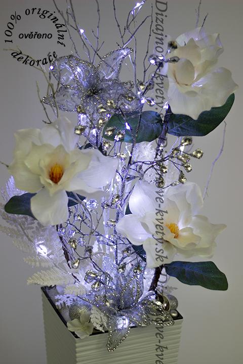 Luxusná dizajnová kvetinová väzba s led vianočnými svetlami