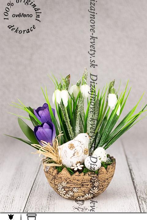 Dekorácia do bytu príchod jari v škrupine